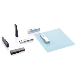 USB METALIC PERSONALIZAT 8GB CHECK ARGINTIU